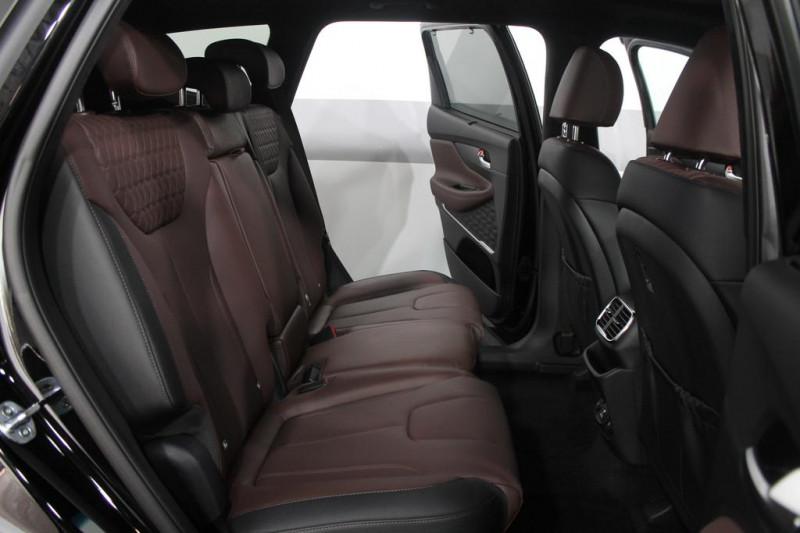 Hyundai Santa Fe - image 8
