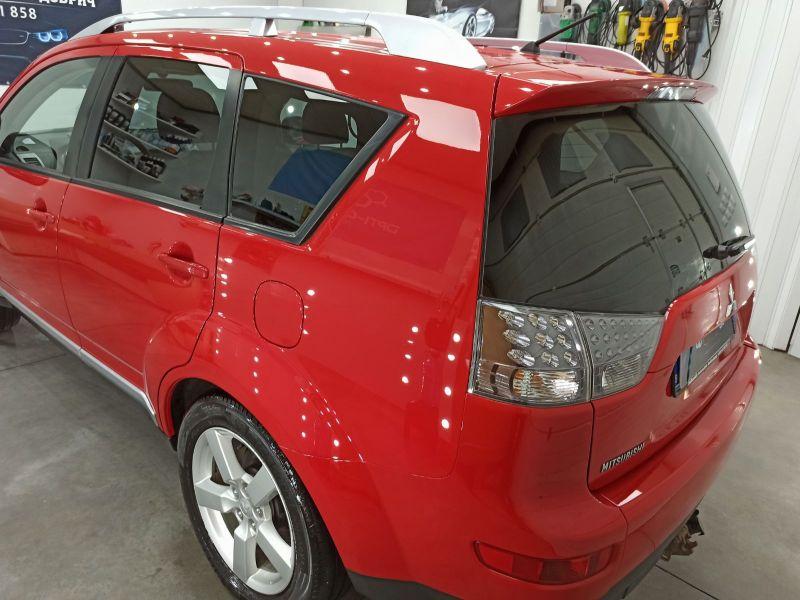 Mitsubishi Outlander - image 8