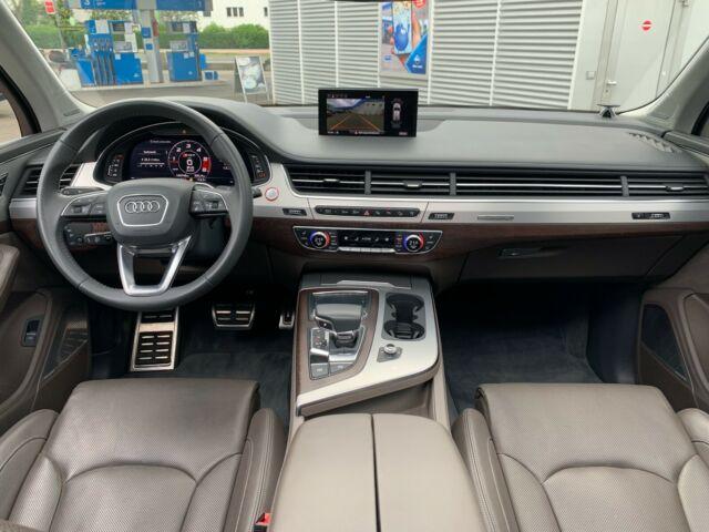 Audi SQ7 - image 11
