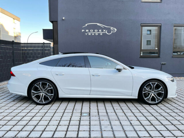 Audi A7 - image 7