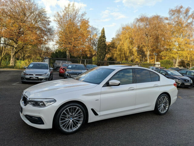 BMW 520 - image 1
