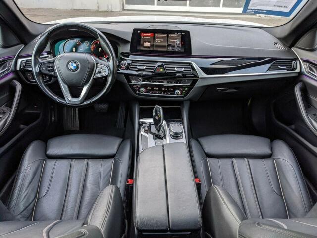 BMW 520 - image 6