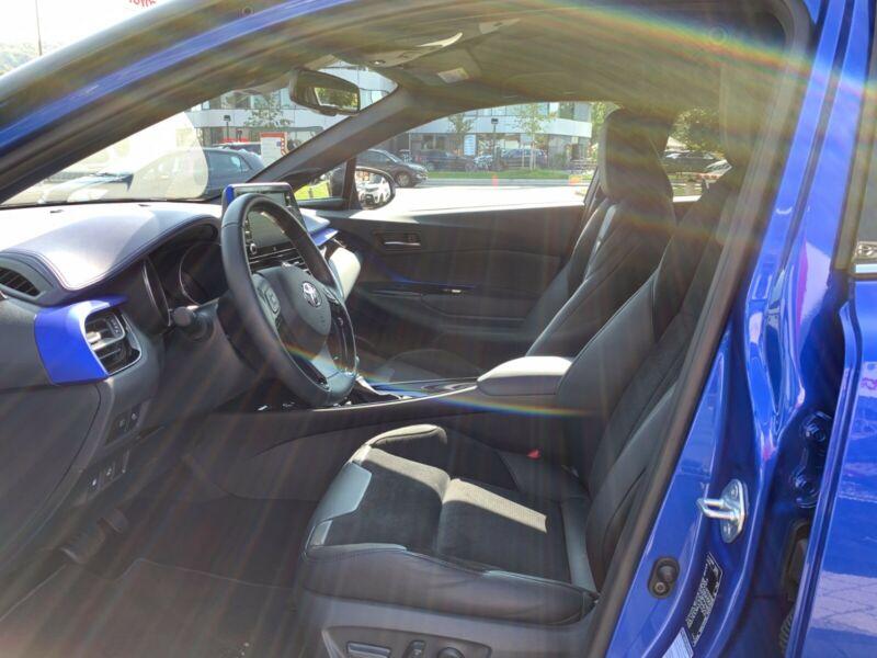 Toyota C-HR - image 3