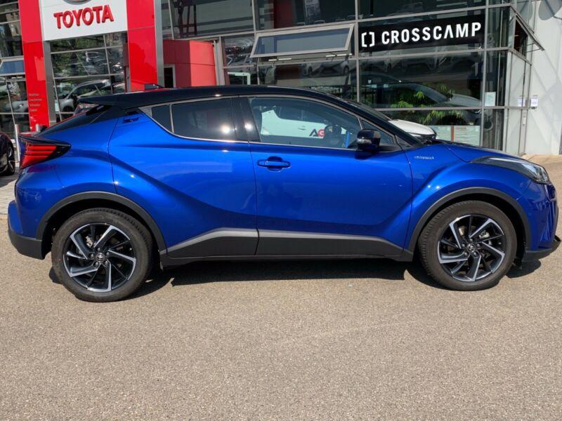 Toyota C-HR - image 11