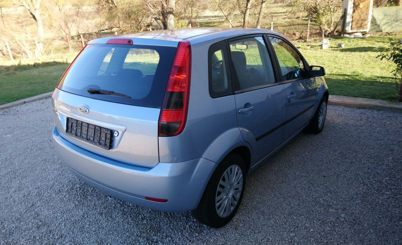 Ford Fiesta - image 3