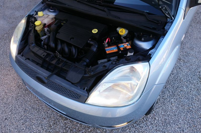 Ford Fiesta - image 11