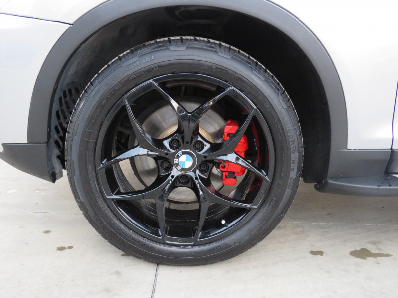 BMW X3 - image 13