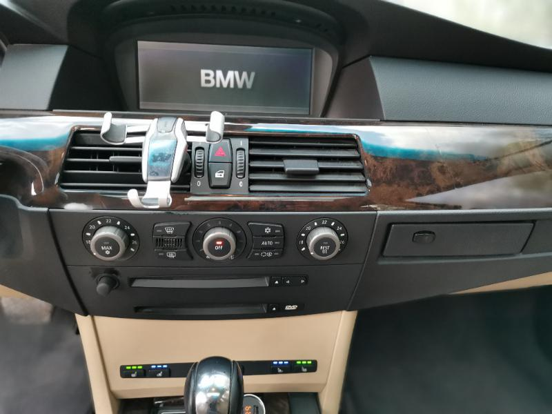 BMW 545 - image 13