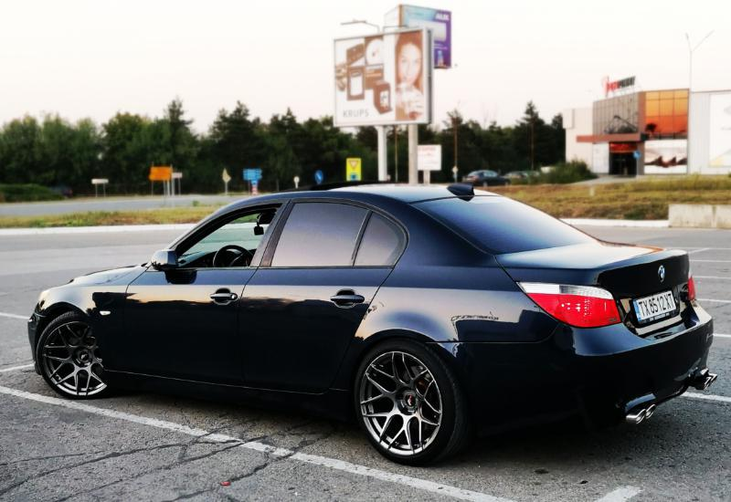 BMW 545 - image 7