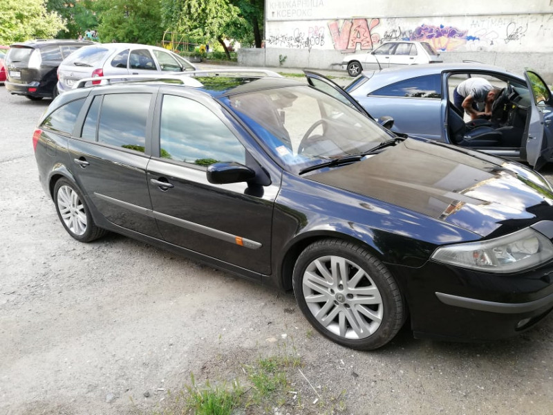 Renault Laguna - image 3
