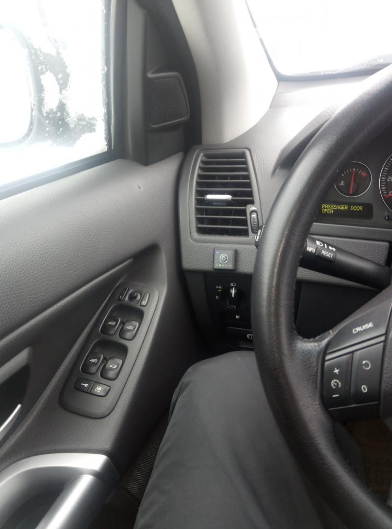 Volvo XC 90 - image 6