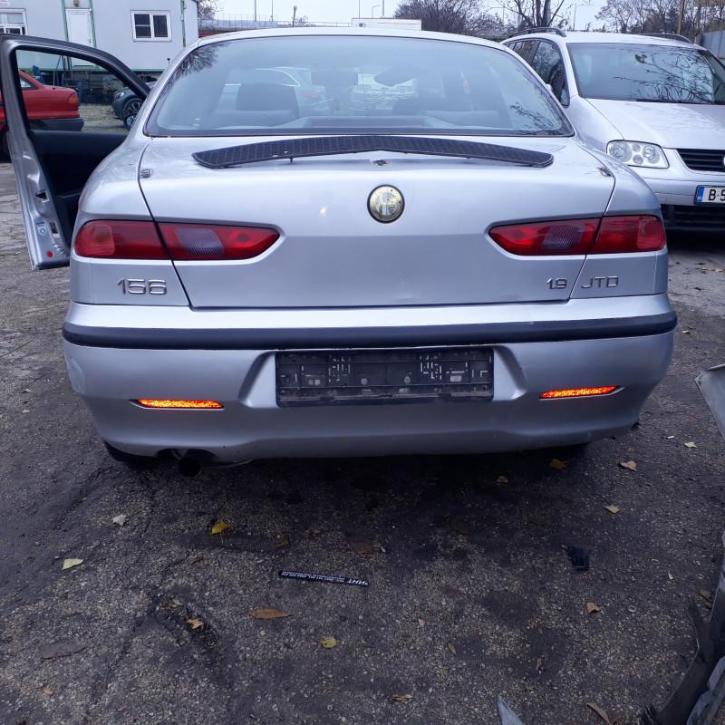 Alfa Romeo 156 - image 10