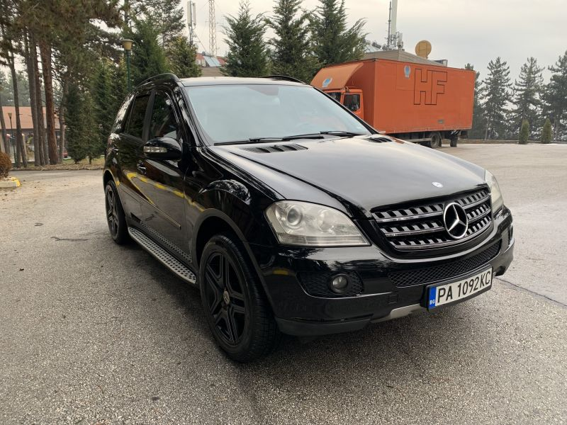 Mercedes-Benz ML 320 - image 3