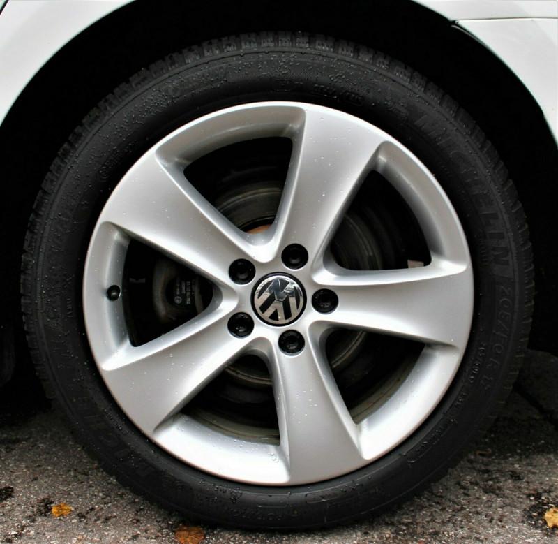 VW Passat CC - image 3