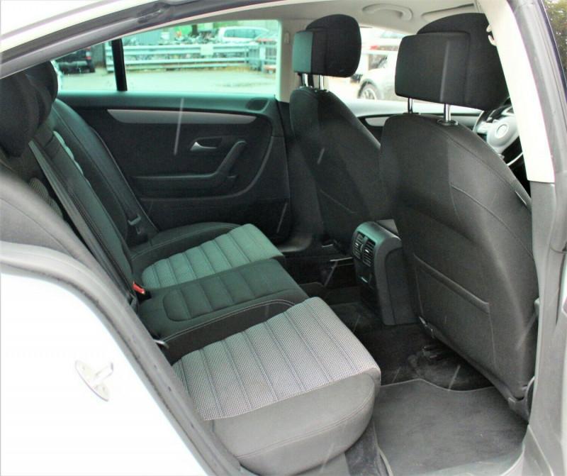 VW Passat CC - image 9