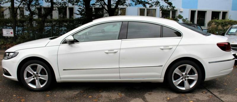 VW Passat CC - image 11