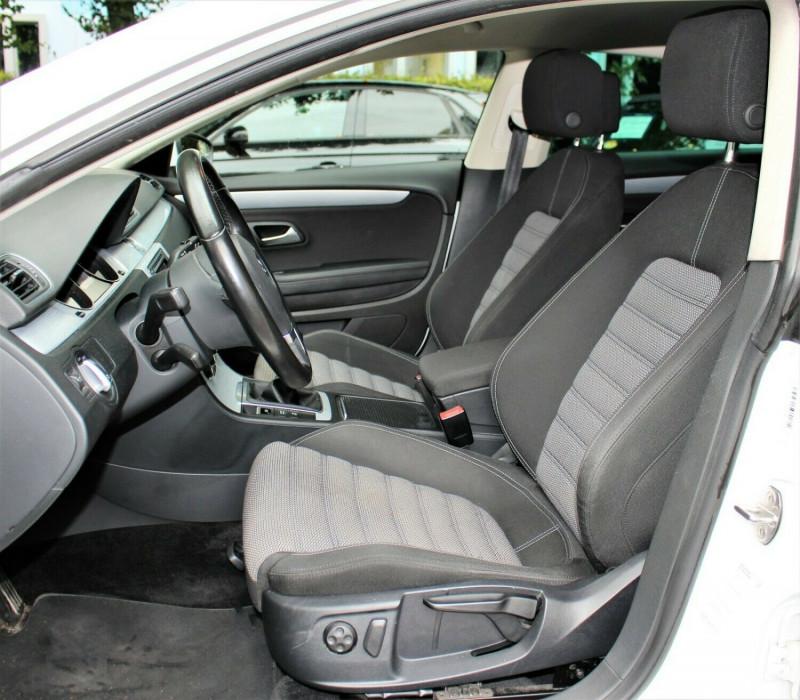 VW Passat CC - image 13