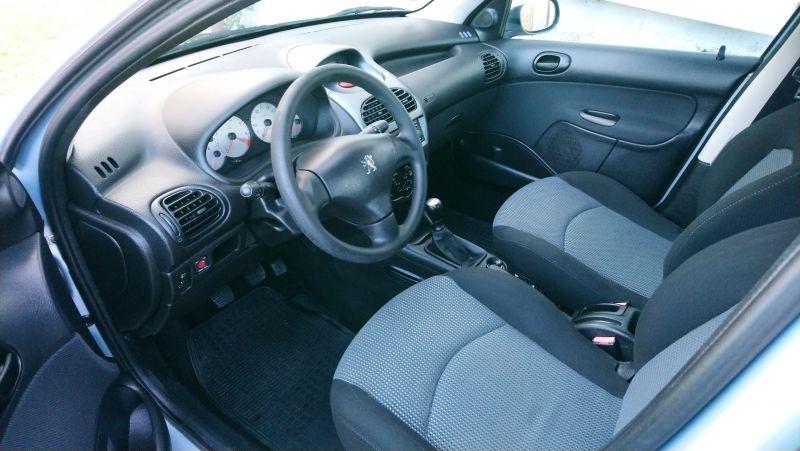 Peugeot 206 - image 5