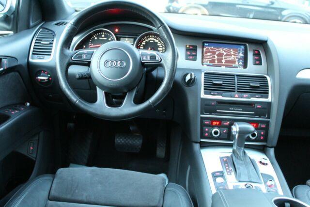 Audi Q7 - image 7