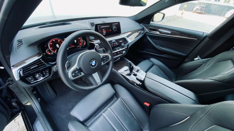 BMW 530 - image 3