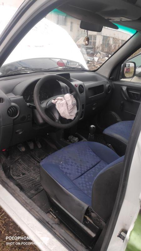Peugeot Partner - image 9