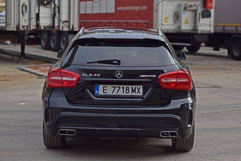 Mercedes-Benz GLA - image 4