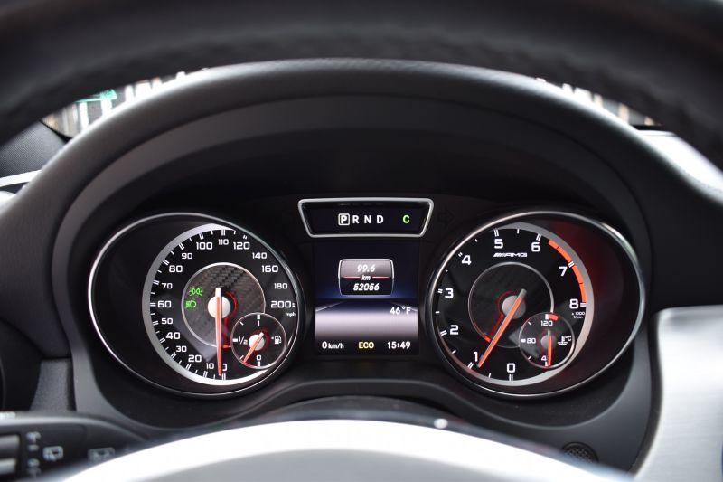 Mercedes-Benz GLA - image 9