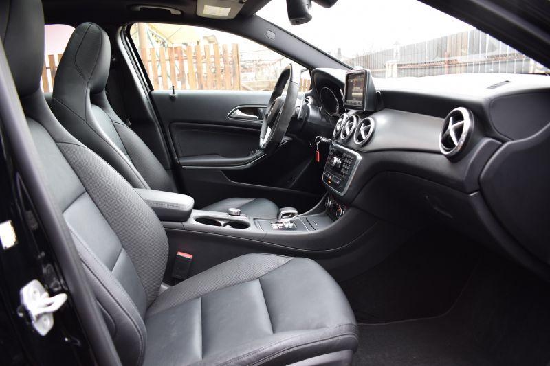 Mercedes-Benz GLA - image 12