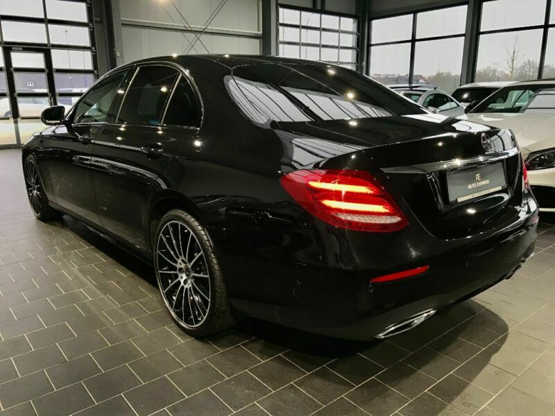 Mercedes-Benz Е 400 - image 10
