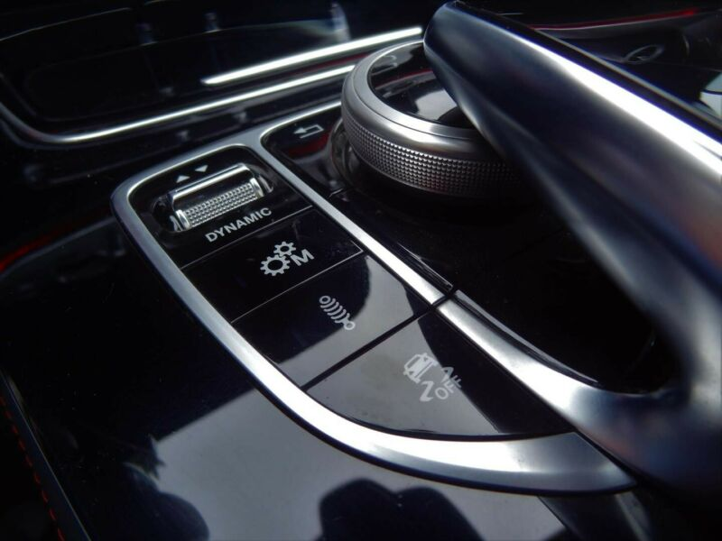 Mercedes-Benz E 53 AMG - image 7