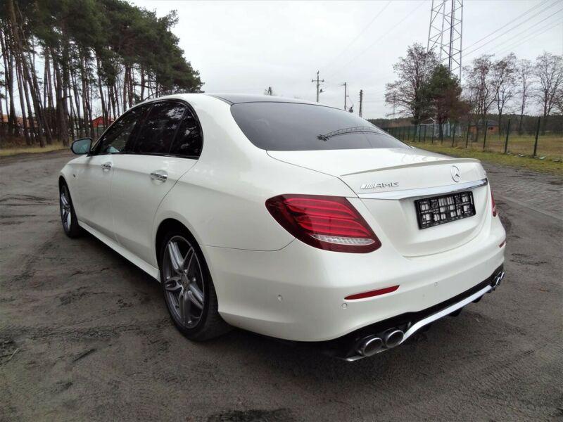 Mercedes-Benz E 53 AMG - image 8