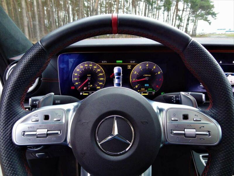 Mercedes-Benz E 53 AMG - image 11