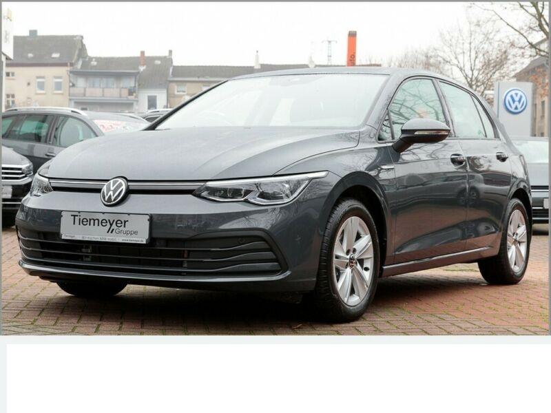 VW Golf - image 11