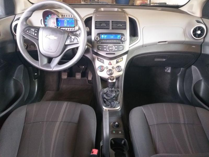 Chevrolet Aveo - image 6