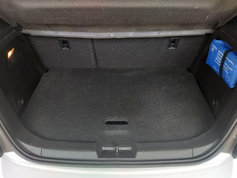 Chevrolet Aveo - image 10