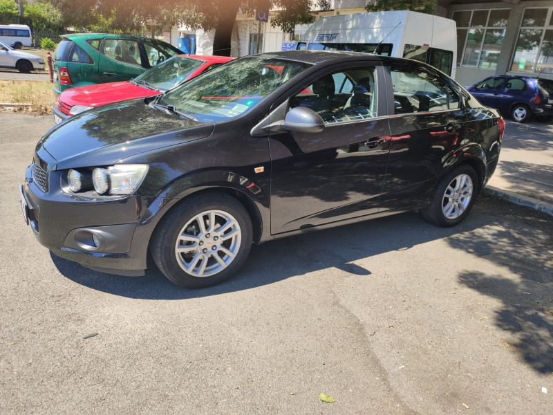 Chevrolet Aveo - image 2