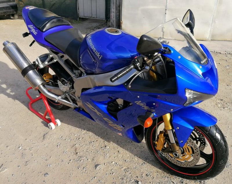 4- Kawasaki Zxr