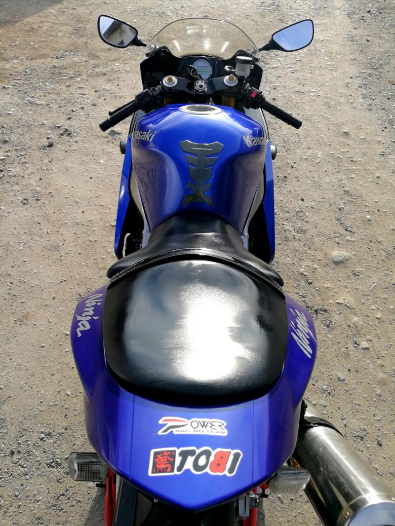 11- Kawasaki Zxr