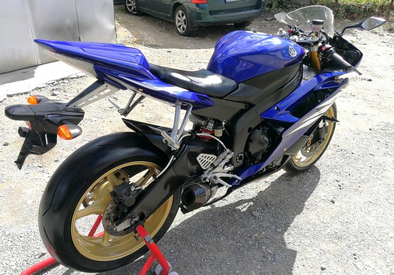 6- Yamaha YZF-R6