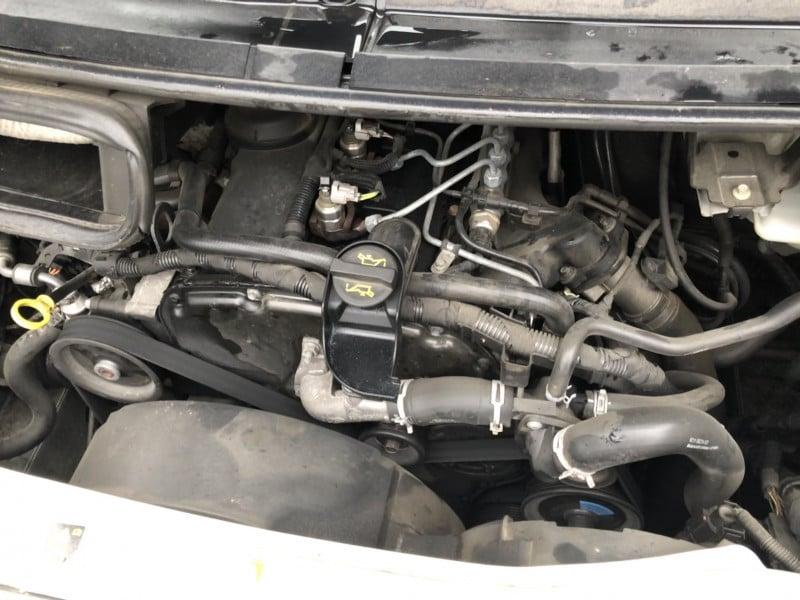 14- Ford Tranisit