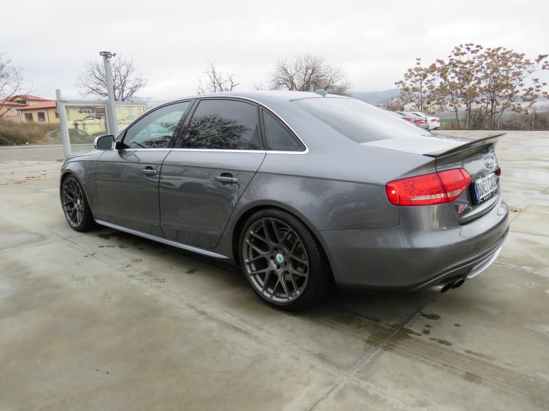 Audi S4 - image 7