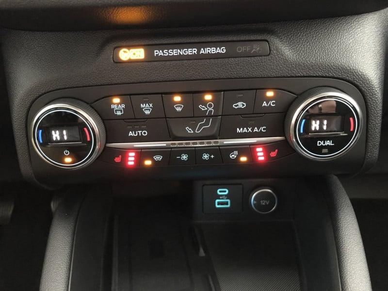Ford Kuga - image 11