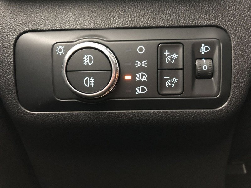 Ford Kuga - image 13