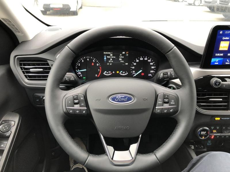 Ford Kuga - image 9