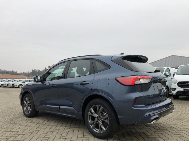 Ford Kuga - image 3
