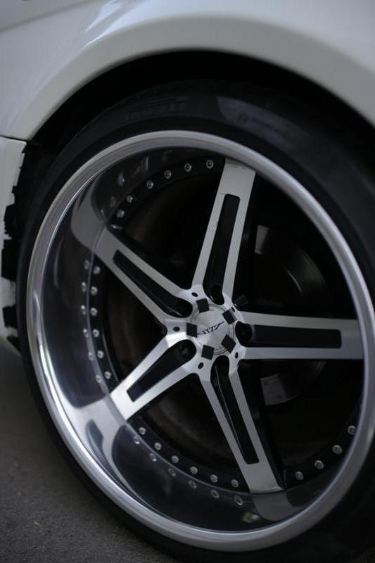 Mercedes-Benz CL 500 - image 10