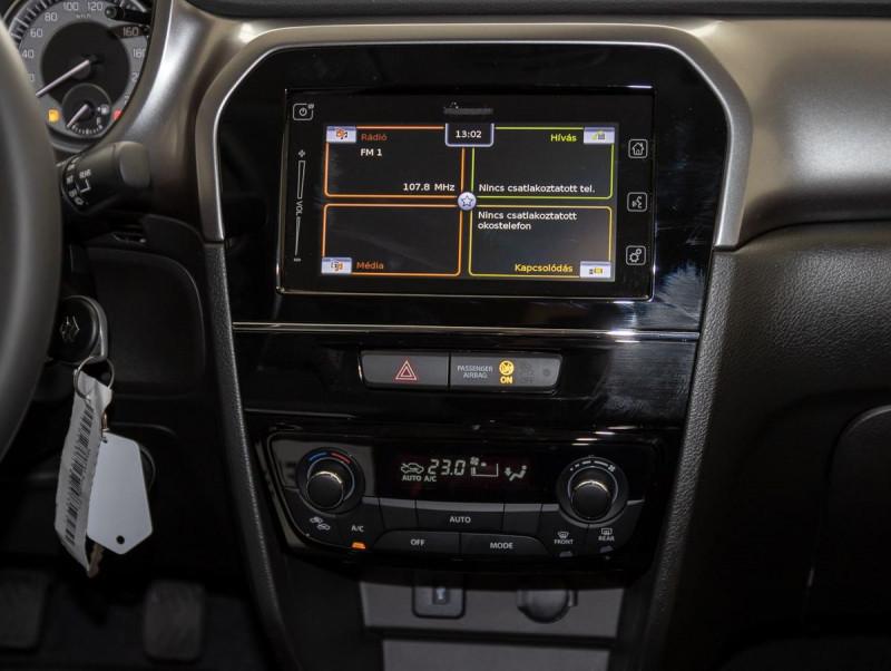 Suzuki Vitara - image 12