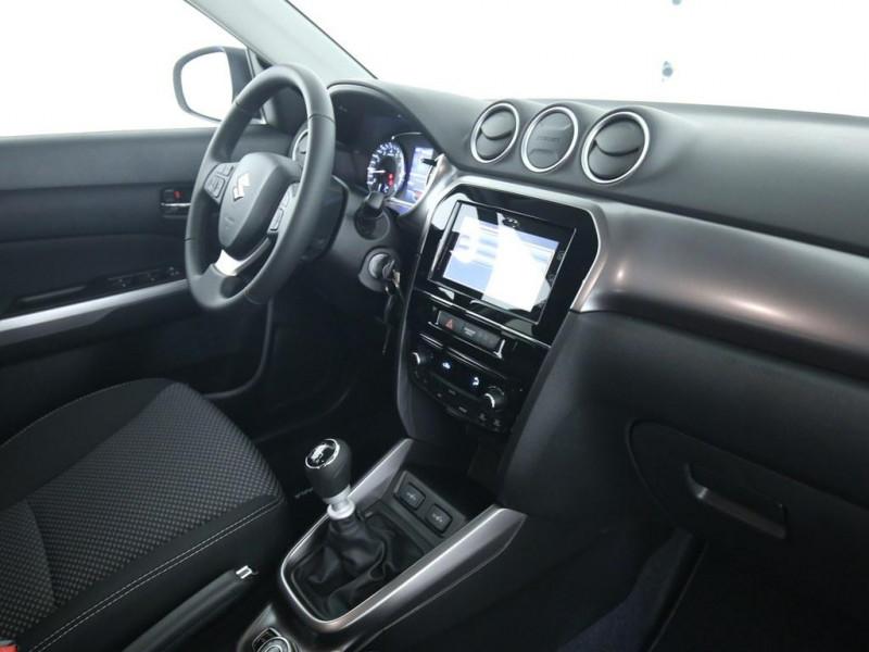 Suzuki Vitara - image 7
