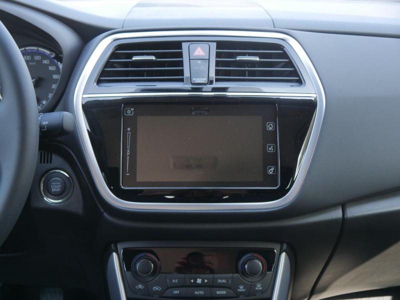 Suzuki SX4 - image 10