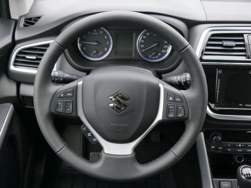 Suzuki SX4 - image 9